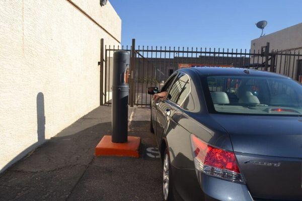 Public Storage - Chandler - 6767 W Chandler Blvd 6767 W Chandler Blvd Chandler, AZ - Photo 4
