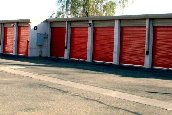 Public Storage - Gilbert - 1015 S Val Vista Dr Ste 100 1015 S Val Vista Dr Ste 100 Gilbert, AZ - Photo 1