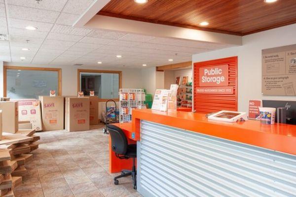 Public Storage - Bloomington - 150 W 81st Street 150 W 81st Street Bloomington, MN - Photo 2