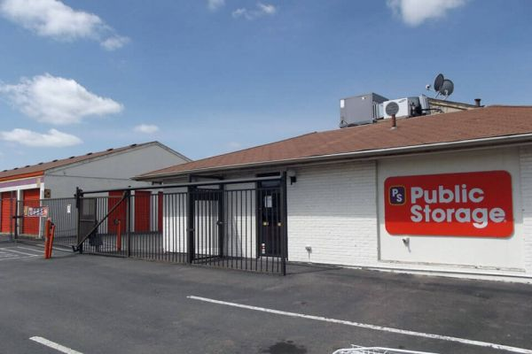 Public Storage - Aurora - 565 Hanover Way 565 Hanover Way Aurora, CO - Photo 0