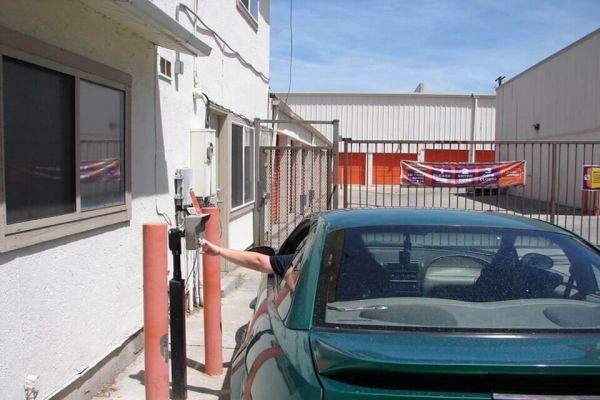 Public Storage - Salt Lake City - 1545 E 3900 South Street 1545 E 3900 South Street Salt Lake City, UT - Photo 4
