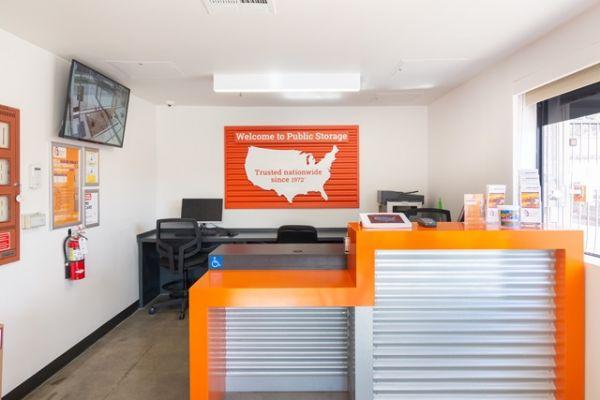 Public Storage - North Hollywood - 5410 Vineland Ave 5410 Vineland Ave North Hollywood, CA - Photo 2