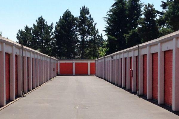 Public Storage - Vancouver - 9901 SE Mill Plain Blvd 9901 SE Mill Plain Blvd Vancouver, WA - Photo 1