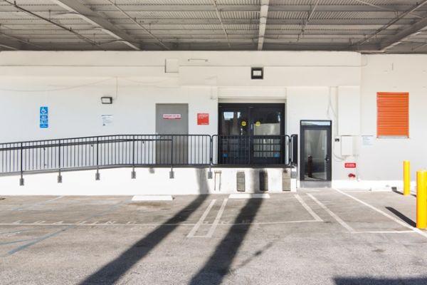 Public Storage - Santa Monica - 3010 Wilshire Blvd 3010 Wilshire Blvd Santa Monica, CA - Photo 3