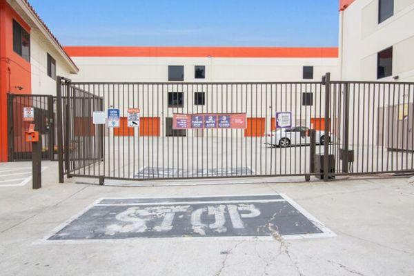 Public Storage - Los Angeles - 4583 Huntington Drive South 4583 Huntington Drive South Los Angeles, CA - Photo 3