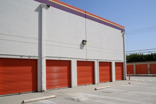Public Storage - Los Angeles - 3770 Crenshaw Blvd 3770 Crenshaw Blvd Los Angeles, CA - Photo 1