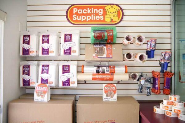 Public Storage - Los Angeles - 649 S Boyle Ave 649 S Boyle Ave Los Angeles, CA - Photo 2