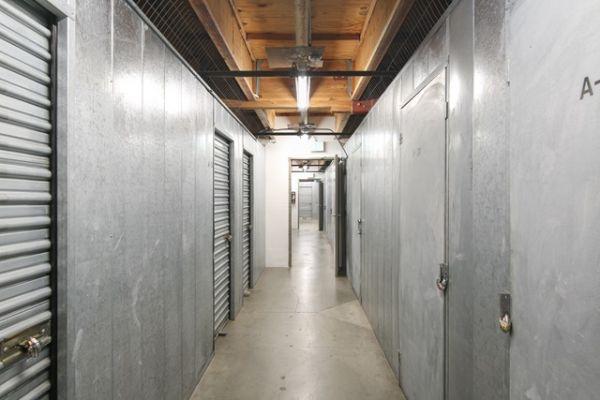 Public Storage - Los Angeles - 5941 Venice Blvd 5941 Venice Blvd Los Angeles, CA - Photo 1