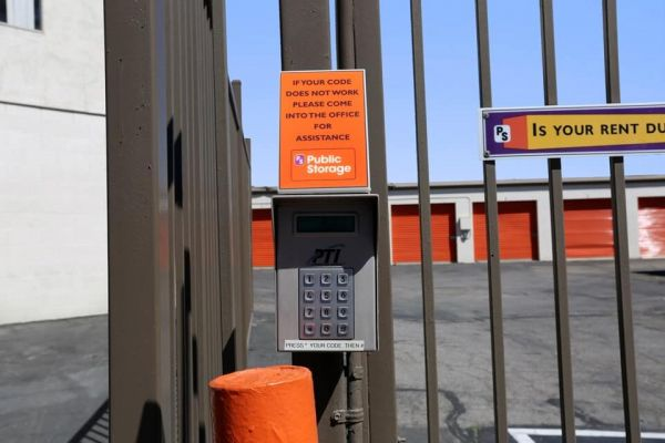 Public Storage - Corona - 1510 Pomona Road 1510 Pomona Road Corona, CA - Photo 4