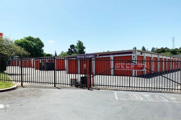 Public Storage - Vallejo - 107 Lincoln Road West 107 Lincoln Road West Vallejo, CA - Photo 3