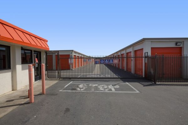 Public Storage - West Sacramento - 3961 W Capitol Ave 3961 W Capitol Ave West Sacramento, CA - Photo 3