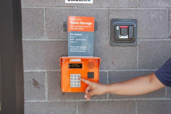 Public Storage - Phoenix - 4423 N 24th St 4423 N 24th St Phoenix, AZ - Photo 4