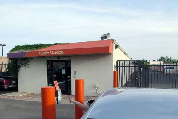 Public Storage - Scottsdale - 8615 E McDowell Rd 8615 E McDowell Rd Scottsdale, AZ - Photo 4