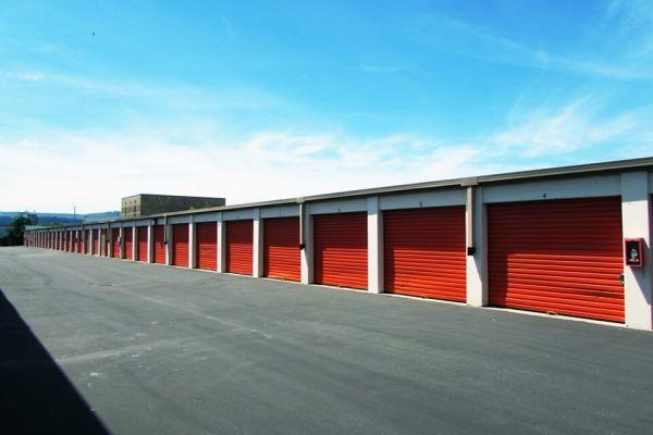 Public Storage - South San Francisco - 80 S Spruce Ave 80 S Spruce Ave South San Francisco, CA - Photo 1