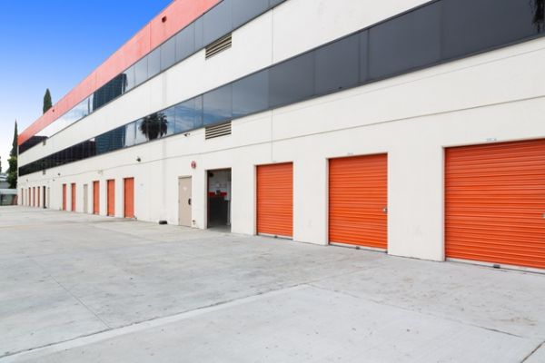 Public Storage - Studio City - 10830 Ventura Blvd 10830 Ventura Blvd Studio City, CA - Photo 1