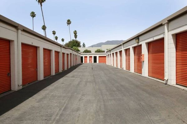 Public Storage - Pasadena - 1240 N Lincoln Ave 1240 N Lincoln Ave Pasadena, CA - Photo 1