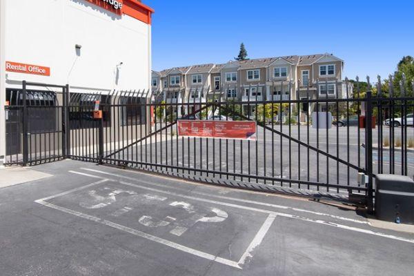 Public Storage - Mountain View - 830 N Rengstorff Ave 830 N Rengstorff Ave Mountain View, CA - Photo 3