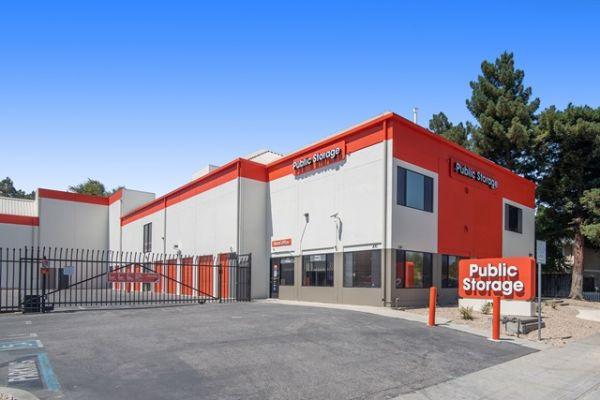 Public Storage - Mountain View - 830 N Rengstorff Ave 830 N Rengstorff Ave Mountain View, CA - Photo 0