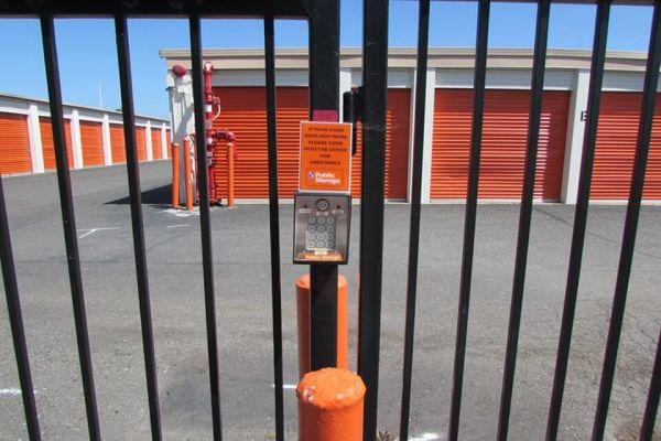 Public Storage - Newark - 38290 Cedar Blvd 38290 Cedar Blvd Newark, CA - Photo 4
