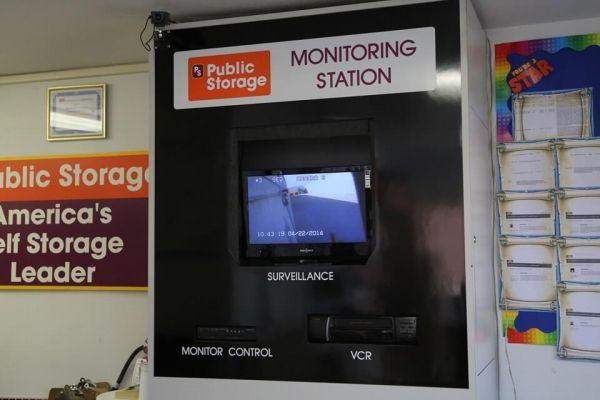 Public Storage - North Hollywood - 12940 Saticoy Street 12940 Saticoy Street North Hollywood, CA - Photo 3