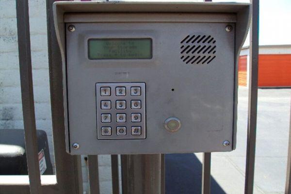 Public Storage - Hayward - 29824 Mission Blvd 29824 Mission Blvd Hayward, CA - Photo 4