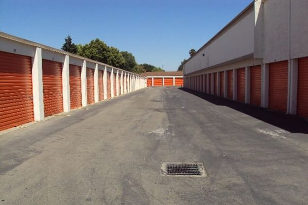 Public Storage - San Leandro - 14280 Washington Ave 14280 Washington Ave San Leandro, CA - Photo 1