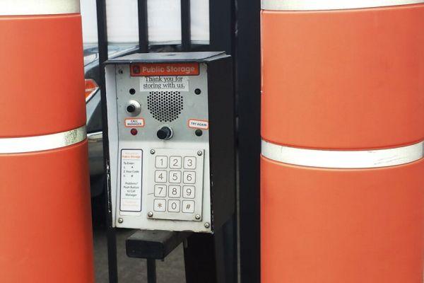 Public Storage - Beaverton - 10905 SW Denney Rd 10905 SW Denney Rd Beaverton, OR - Photo 4