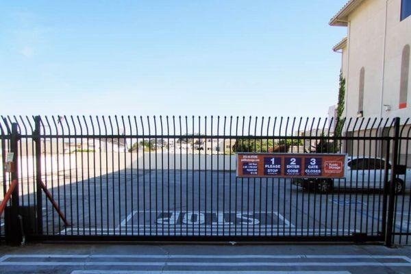 Public Storage - Daly City - 6676 Mission Street 6676 Mission Street Daly City, CA - Photo 3