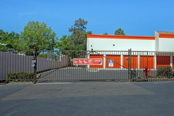 Public Storage - Citrus Heights - 5915 San Juan Ave 5915 San Juan Ave Citrus Heights, CA - Photo 3