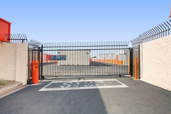 Public Storage - Costa Mesa - 1725 Pomona Ave 1725 Pomona Ave Costa Mesa, CA - Photo 3