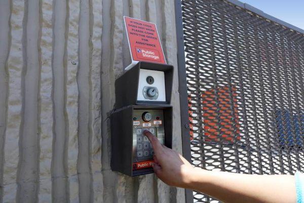 Public Storage - Irvine - 18 Hughes 18 Hughes Irvine, CA - Photo 4