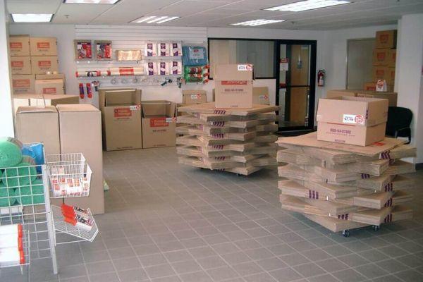 Public Storage - Issaquah - 5806 221st Place SE 5806 221st Place SE Issaquah, WA - Photo 2