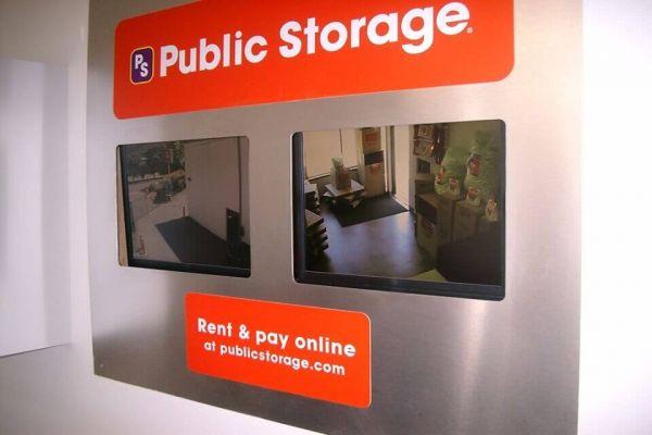 Public Storage - Issaquah - 5806 221st Place SE 5806 221st Place SE Issaquah, WA - Photo 3