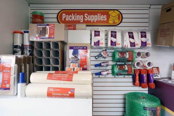 Public Storage - Los Alamitos - 3752 Cerritos Ave 3752 Cerritos Ave Los Alamitos, CA - Photo 2