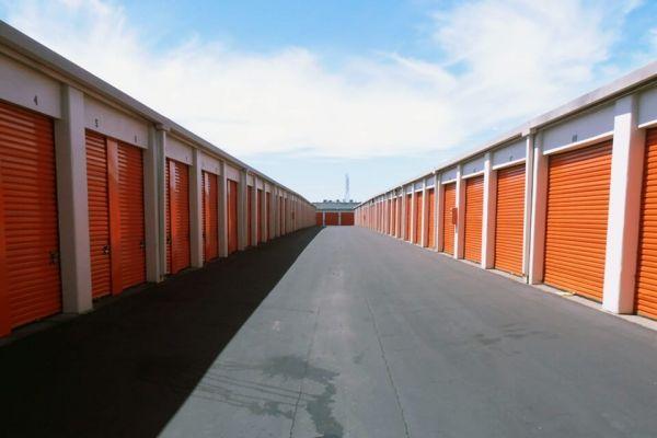 Public Storage - Oakland - 6201 San Leandro Street 6201 San Leandro Street Oakland, CA - Photo 1