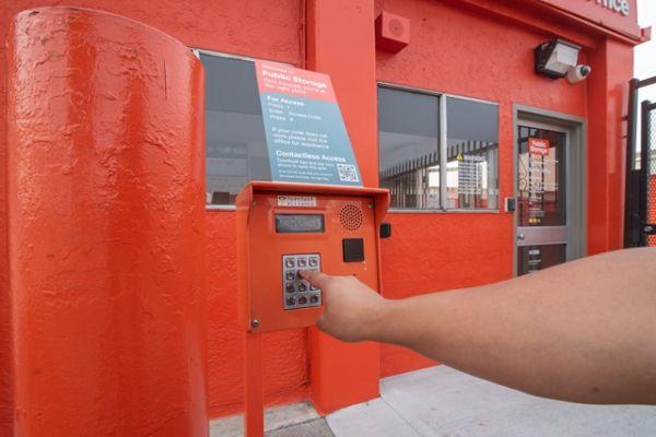 Public Storage - Oakland - 6201 San Leandro Street 6201 San Leandro Street Oakland, CA - Photo 4