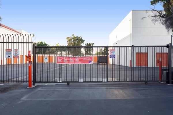 Public Storage - Costa Mesa - 2075 Newport Blvd 2075 Newport Blvd Costa Mesa, CA - Photo 3