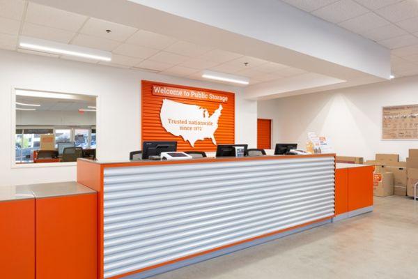 Public Storage - Costa Mesa - 2075 Newport Blvd 2075 Newport Blvd Costa Mesa, CA - Photo 2