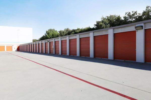 Public Storage - Hawthorne - 14107 Crenshaw Blvd 14107 Crenshaw Blvd Hawthorne, CA - Photo 1