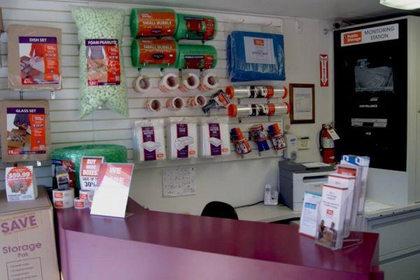 Public Storage - Lynnwood - 5200 180th Street SW 5200 180th Street SW Lynnwood, WA - Photo 2