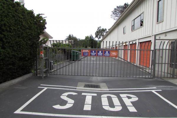 Public Storage - Del Rey Oaks - 180 Calle Del Oaks 180 Calle Del Oaks Del Rey Oaks, CA - Photo 3