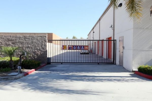 Public Storage - Montclair - 5587 Holt Blvd 5587 Holt Blvd Montclair, CA - Photo 3