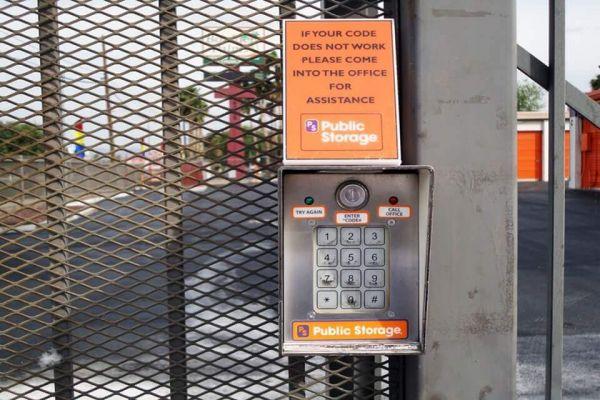 Public Storage - Las Vegas - 4300 Boulder Hwy 4300 Boulder Hwy Las Vegas, NV - Photo 4