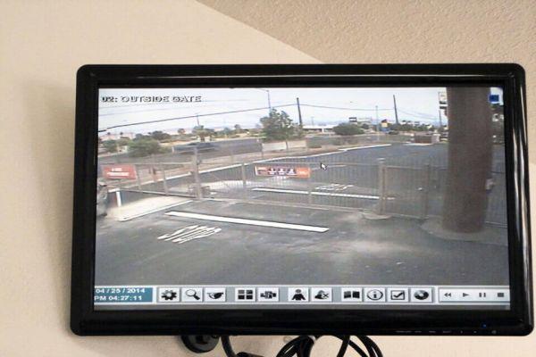 Public Storage - Las Vegas - 4300 Boulder Hwy 4300 Boulder Hwy Las Vegas, NV - Photo 3