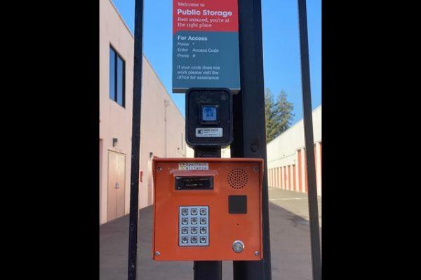 Public Storage - Newark - 37444 Cedar Blvd 37444 Cedar Blvd Newark, CA - Photo 4