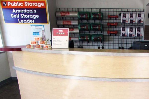 Public Storage - Newark - 37444 Cedar Blvd 37444 Cedar Blvd Newark, CA - Photo 2