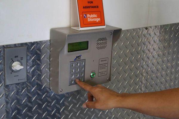Public Storage - San Diego - 9890 Pacific Heights Blvd 9890 Pacific Heights Blvd San Diego, CA - Photo 4