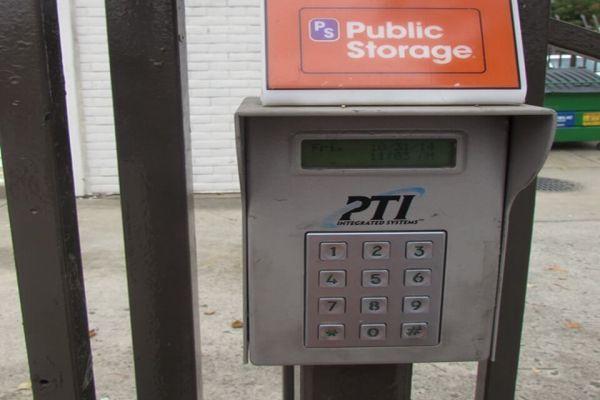 Public Storage - Sacramento - 311 N 16th Street 311 N 16th Street Sacramento, CA - Photo 4