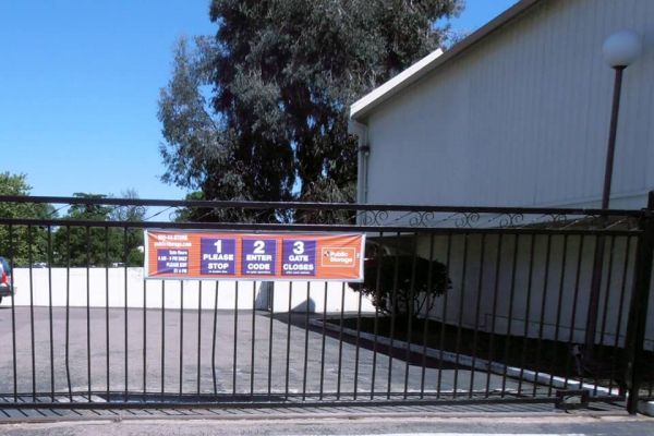 Public Storage - San Ramon - 2590 San Ramon Valley Blvd 2590 San Ramon Valley Blvd San Ramon, CA - Photo 3