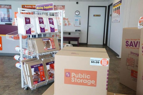 Public Storage - San Diego - 6200 Miramar Road 6200 Miramar Road San Diego, CA - Photo 2